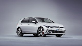 2020 Volkswagen Golf GTE reviewed