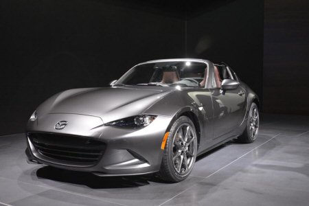 Close look - 2017 Mazda MX 5